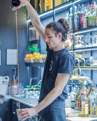 bar bartender bottle drink lights negroni shake sharenirmalbir thekon whisky