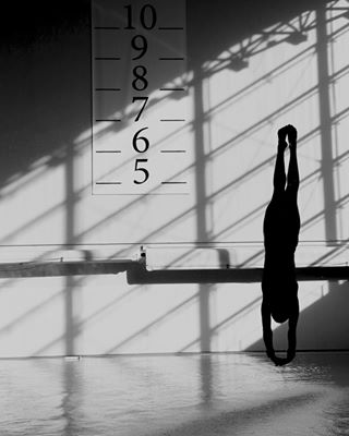 blackandwhite diver diving divingplatform divingspringboard gettyimages gettyimagesnews gettysport gettysports photographer photography platformdiver reportage shoot shooting sportphotography sports sportsphoto swimmingpool tuffi upsidedown water workout workoutroutine