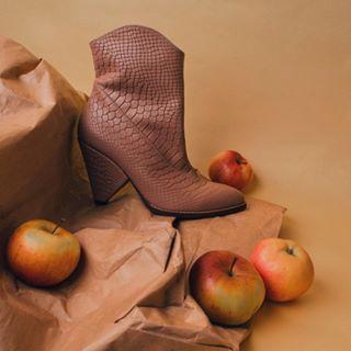 dianameph fashionphotographerkiev handmadeshoes фотографкиев