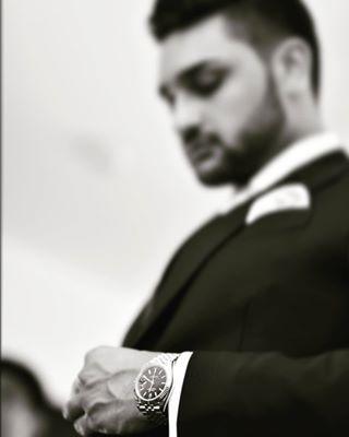 classyoutfit focused mensstyle menswithclass nikon photography photoshooting sandratobias suit weddingday weddinginspiration weddingphotography weddingseason