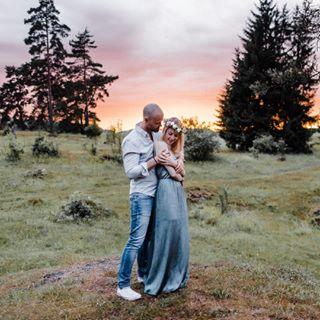 belovedstories engagementsession weddingpilots