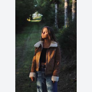 adventuretime autumn betweentheleaves bleachmyfilm fall forrest green leaves🍁 photography portraitphotography potrait