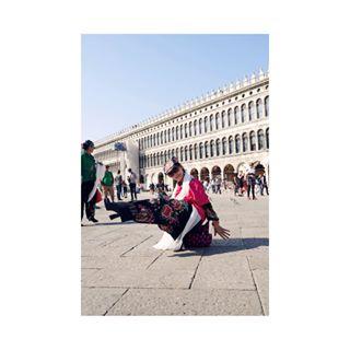 mayrfashiongraphy photo: 1