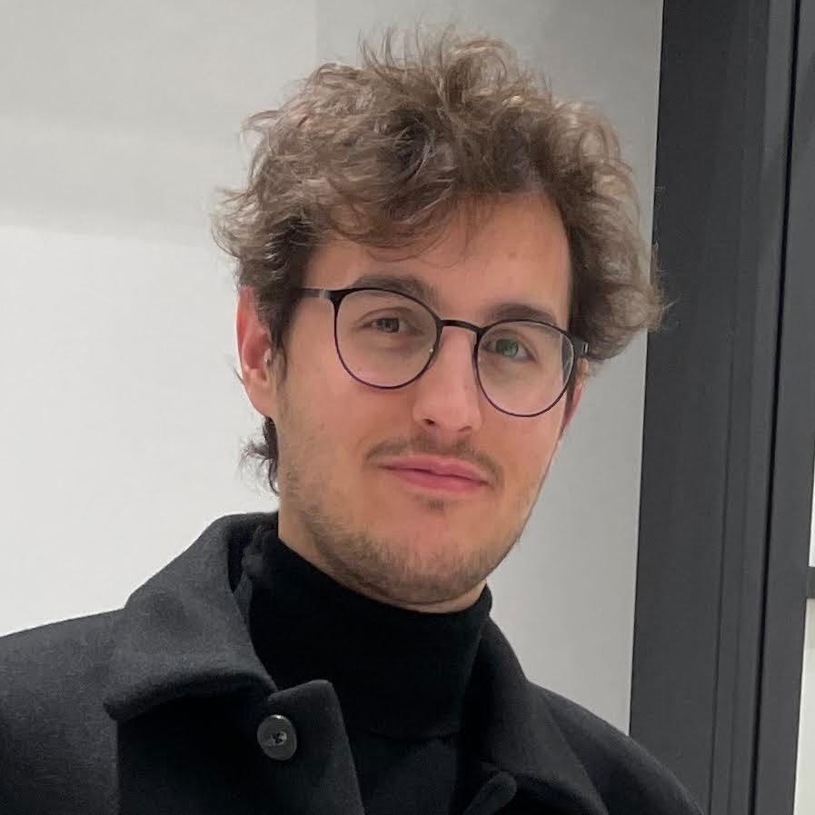 Avatar image of Photographer Federico Vecchio