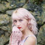 Avatar image of Photographer Myles Katherine